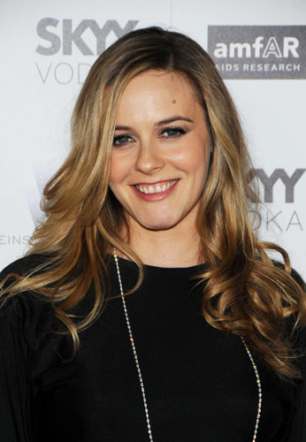 Alicia Silverstone teams up with Juice Beauty