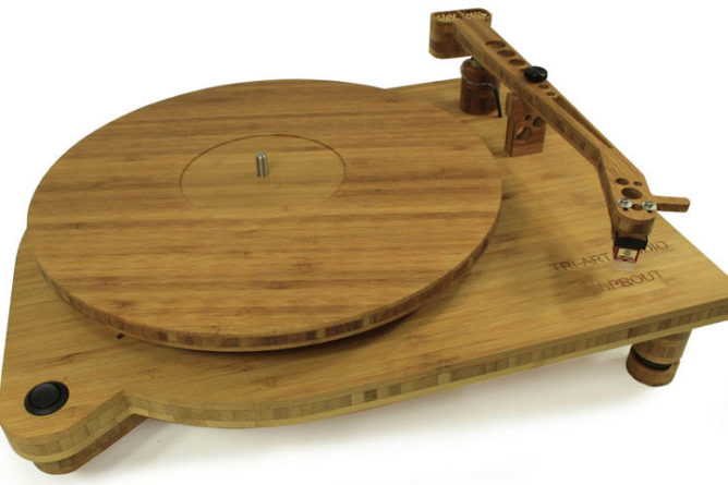 Bamboo turntable
